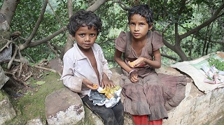 poor-kids-3196270_640